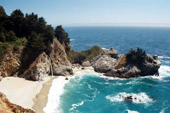 McWay Falls located at Julia Pfeiffer Burns State Park, photo by Stan Russell