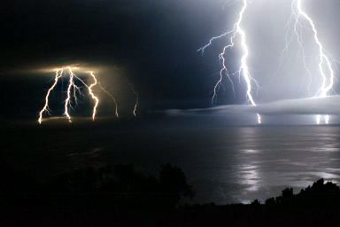 Electric storm over the Pacific. Photo by Stan Russell